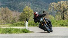 Yamaha MT-09 SP 2021 tra le curve