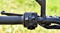 Yamaha MT-09 SP: dettaglio del blocchetto elettrico sinistro