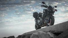 Yamaha MT-10 SP e Tourer Edition: prova, caratteristiche, prezzo [VIDEO] - Immagine: 30