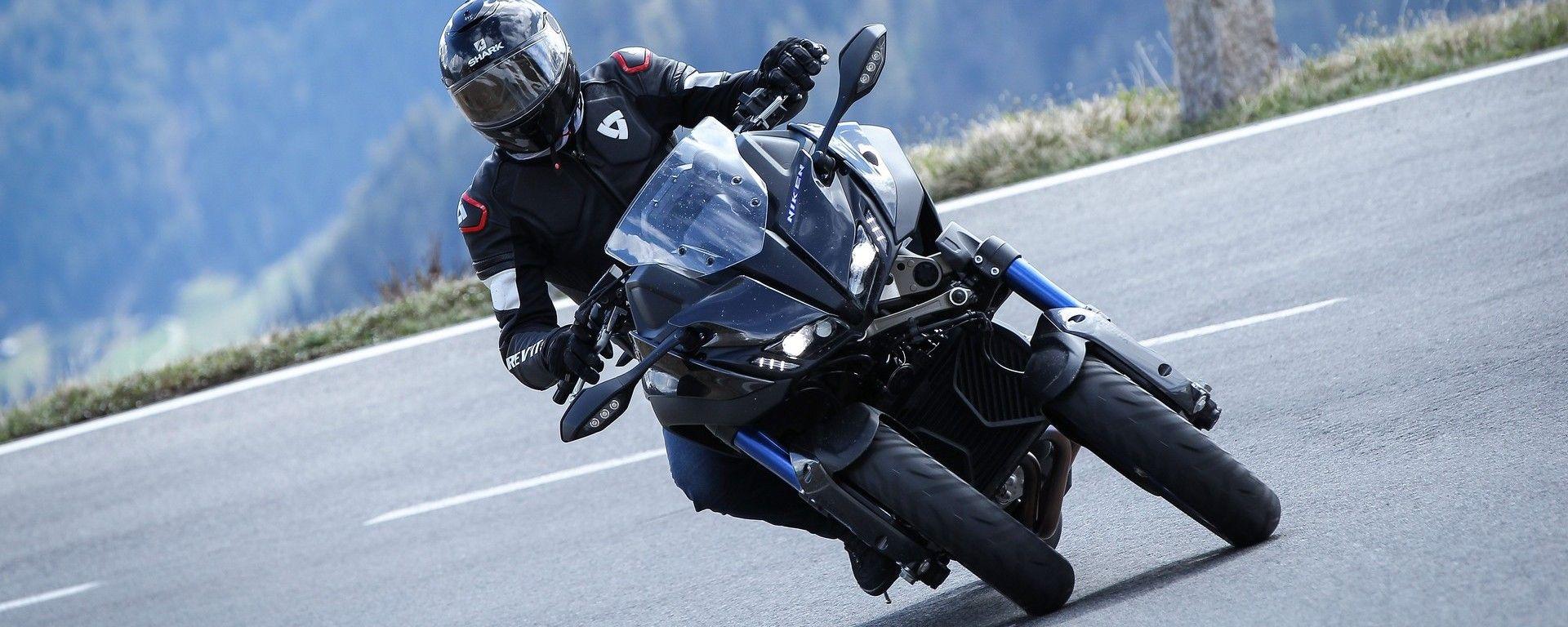 Yamaha Niken 850: la nuova moto a 3 ruote