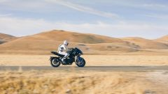 Yamaha Niken: ecco come va in piega la tre ruote di Iwata - Immagine: 2