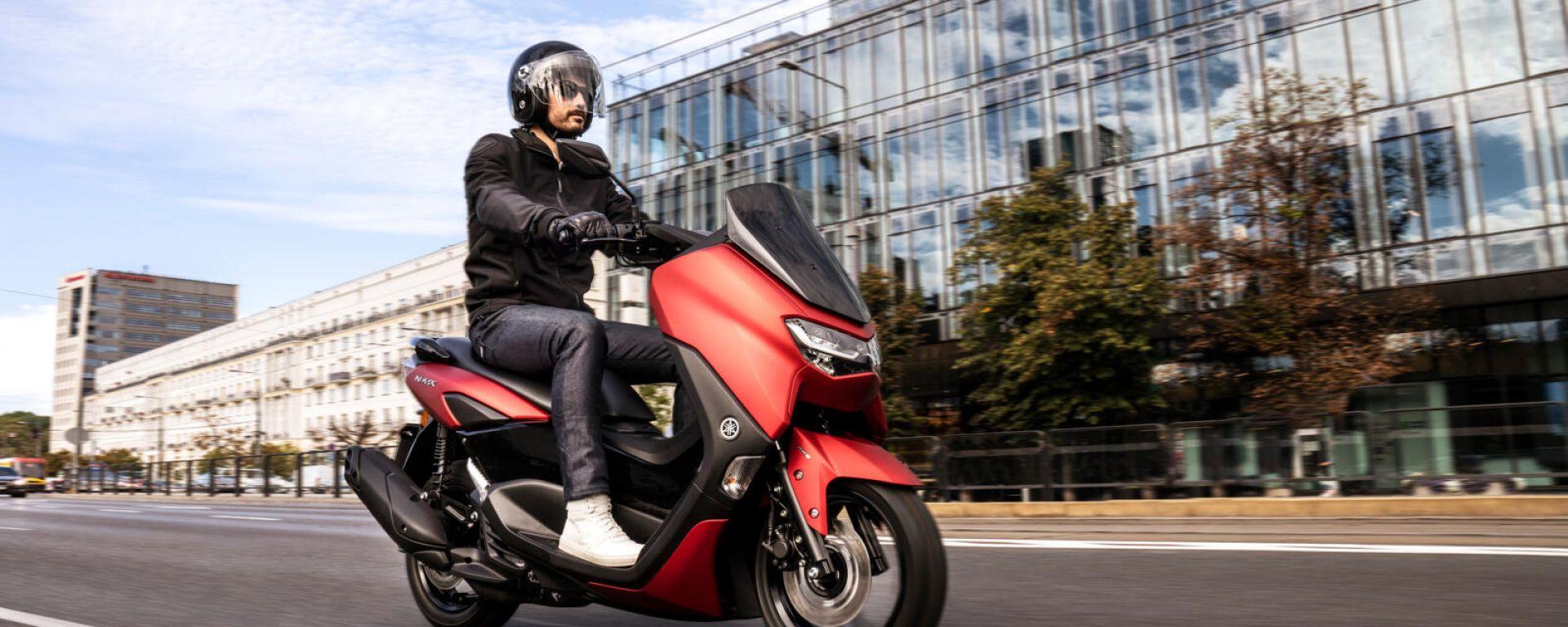 Yamaha NMAX 125: nel 2021 motore Euro 5 e non solo... (Video)