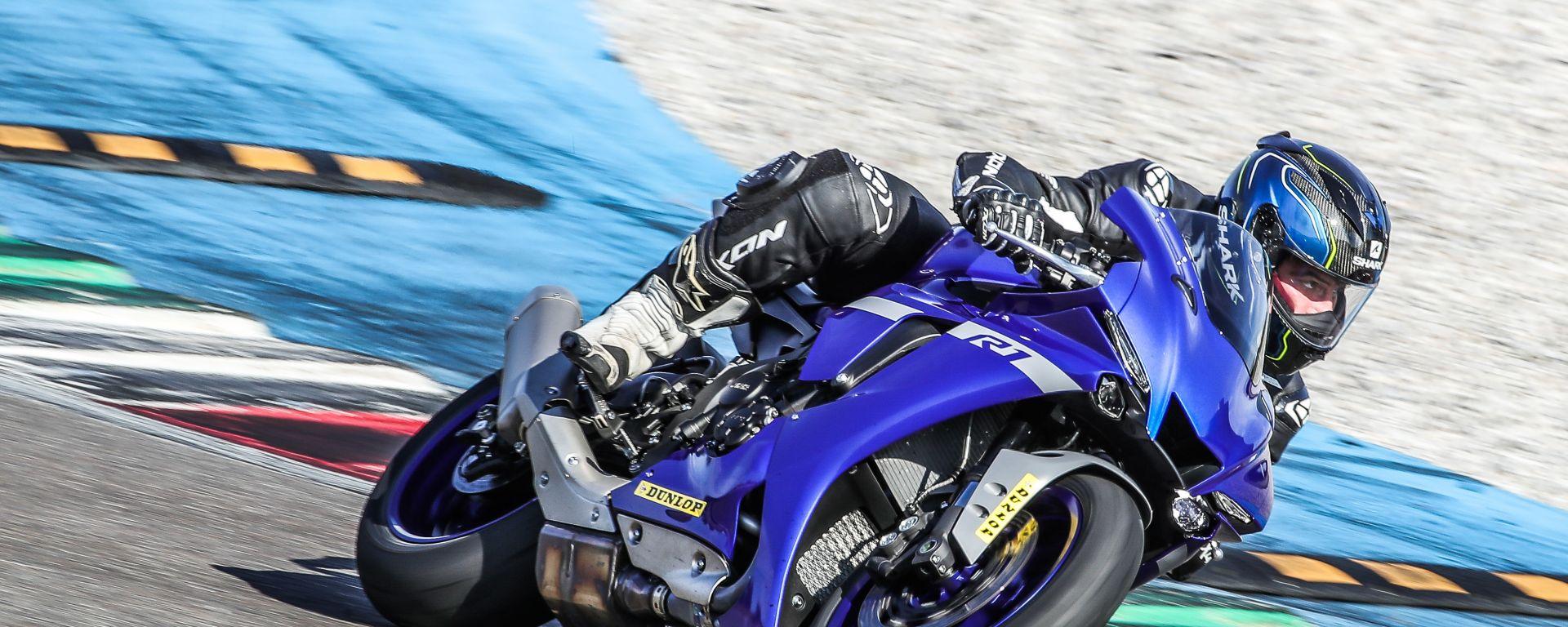Yamaha R1 e R1M 2020: perfetta per amatori e Pro