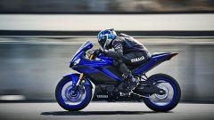 Yamaha R3 2019: stile R1, prestazioni e ciclistica migliorate - Immagine: 5