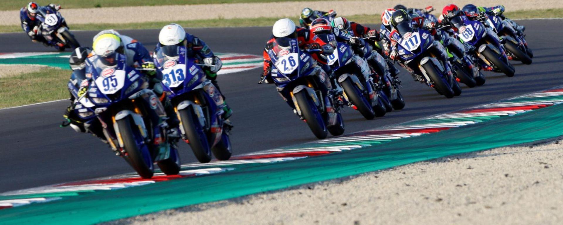 Yamaha R3 Cup: il serpentone al Mugello