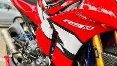 Yamaha R9M: anche le carene sono realizzate a mano
