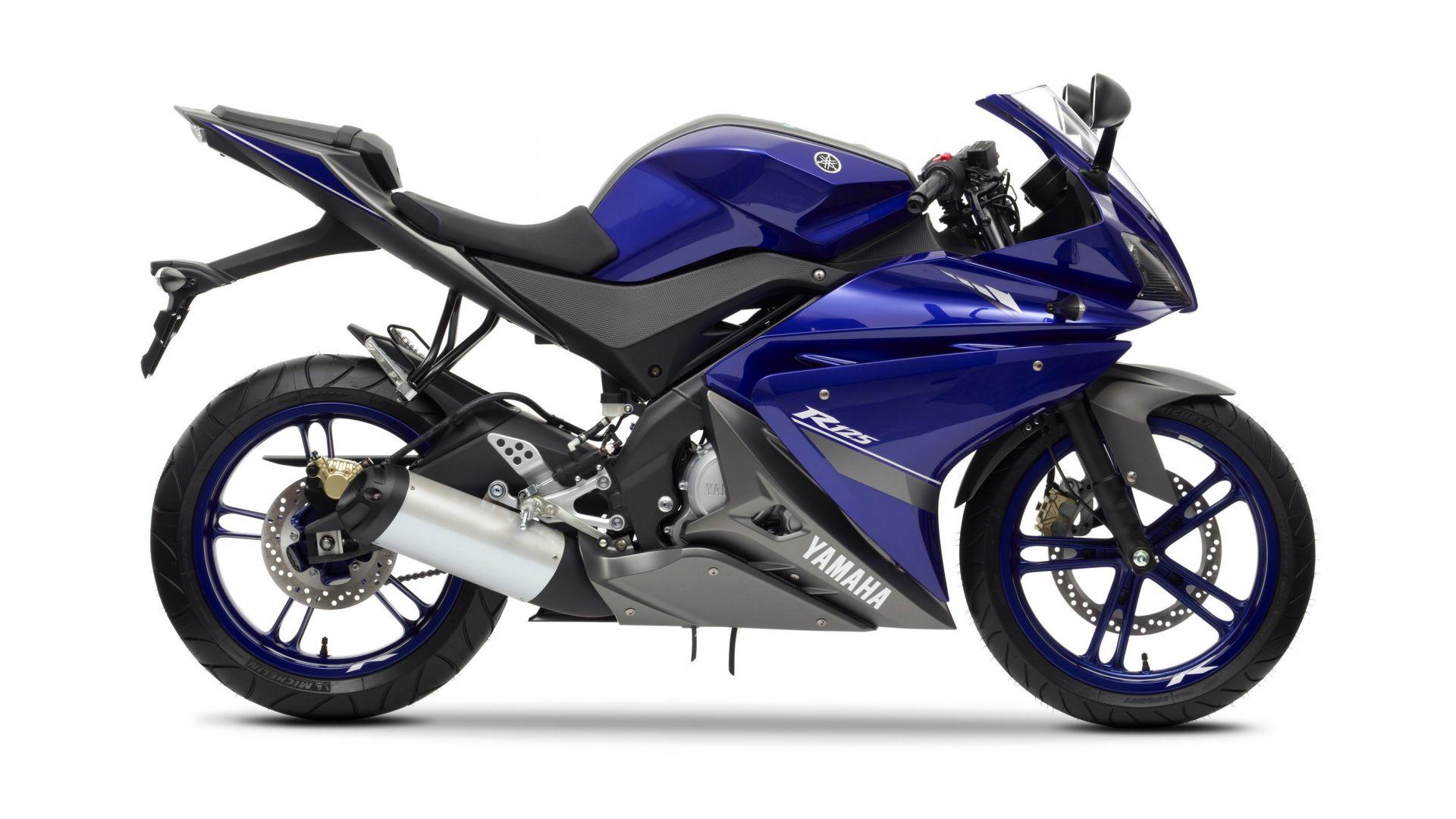Immagine 12: Yamaha Race Blu Series