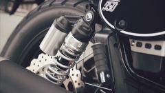 Yamaha SCR950: gli ammortizzatori posteriori hanno il serbatoio separato