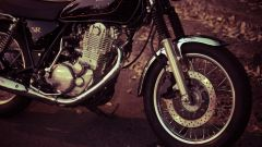Yamaha SR400 - Immagine: 14