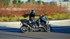 Yamaha T-Max SX Sport Edition: il più sportivo tra gli sportivi - Immagine: 3