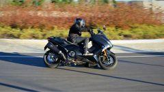 Yamaha T-Max SX Sport Edition: il più sportivo tra gli sportivi - Immagine: 4