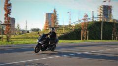 Yamaha T-Max SX Sport Edition: il più sportivo tra gli sportivi - Immagine: 8