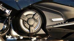Yamaha T-Max SX Sport Edition: il più sportivo tra gli sportivi - Immagine: 20