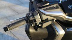 Yamaha T-Max SX Sport Edition: il più sportivo tra gli sportivi - Immagine: 26