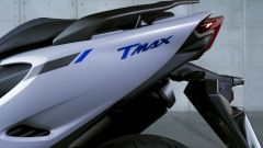Yamaha TMAX 560 2020: dettaglio del fianchetto