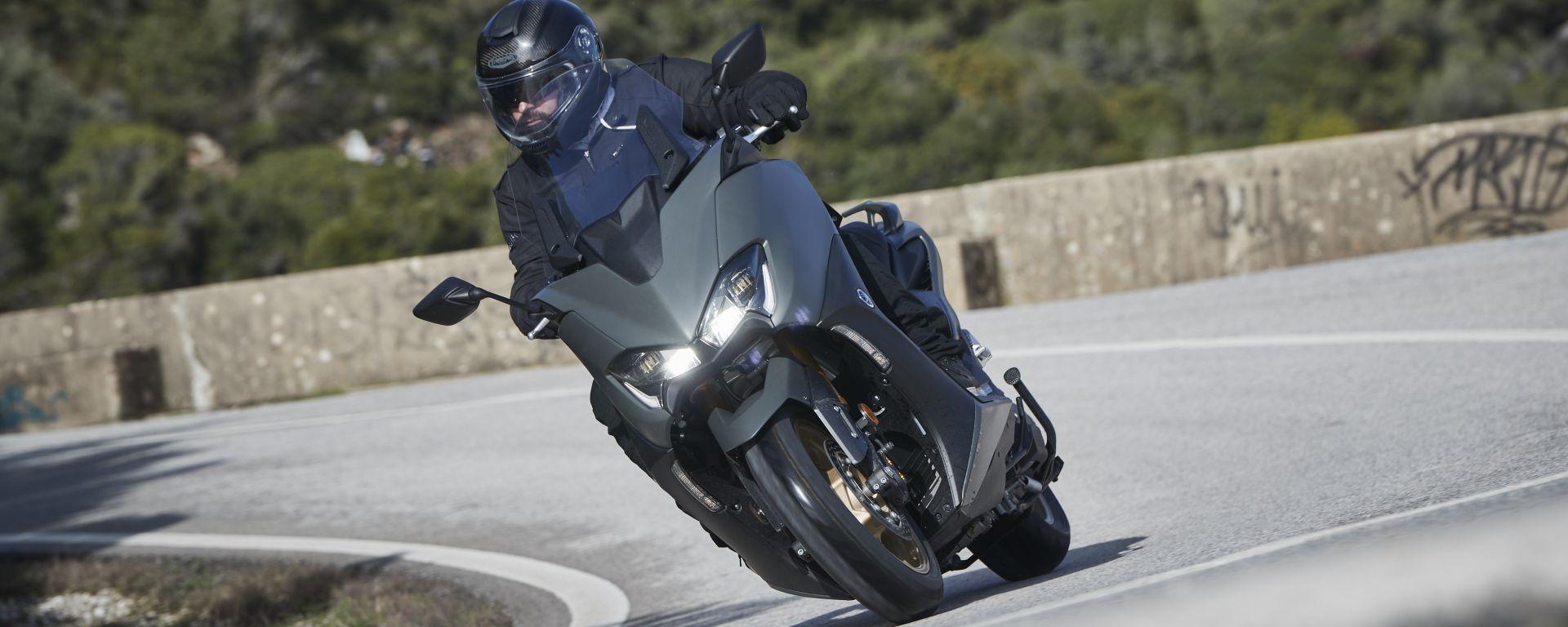 Yamaha TMAX 560 2020: la prova su strada