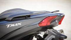 Yamaha TMAX SX 2017: le maniglie per il passeggero