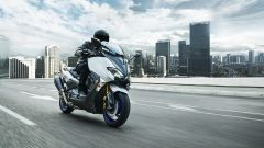 Yamaha Tmax Sx Sport Edition, in azione