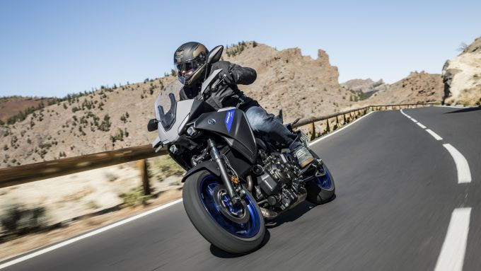 Yamaha Tracer 700 2020 in azione