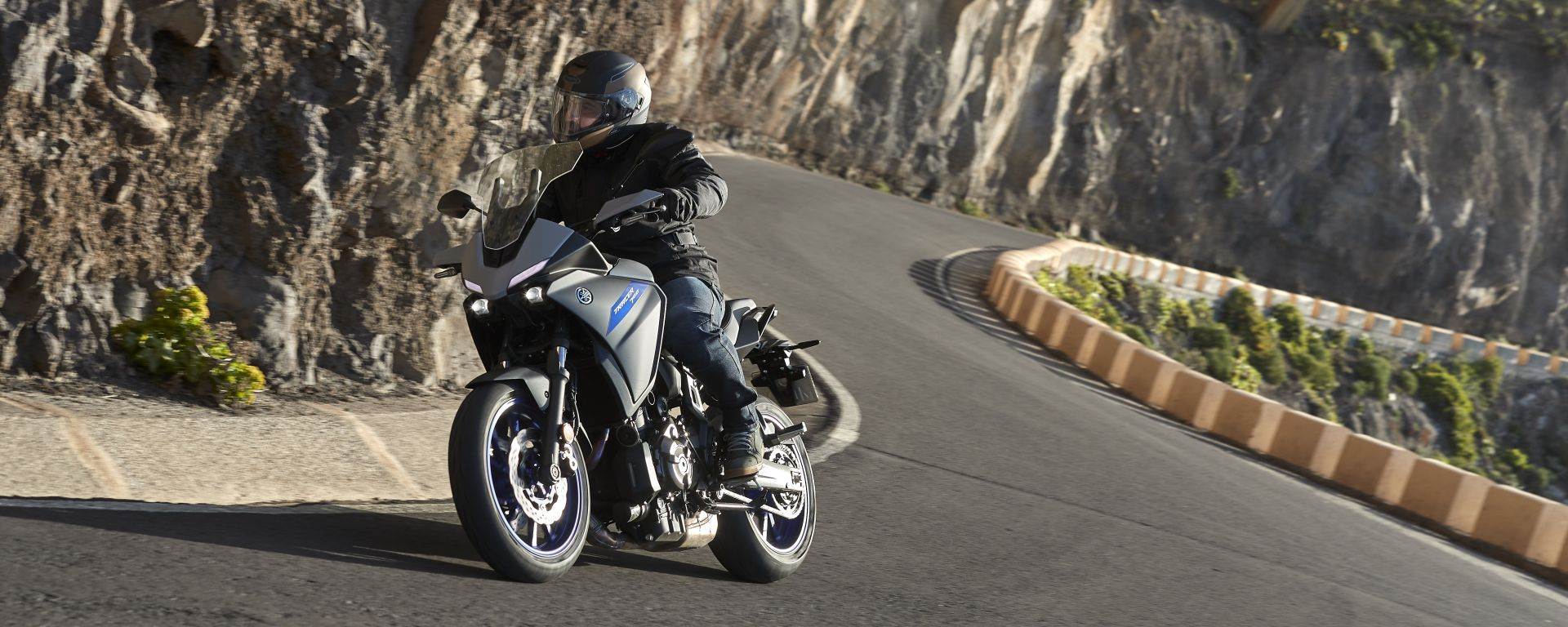 Yamaha Tracer 700 2020: in azione a Tenerife