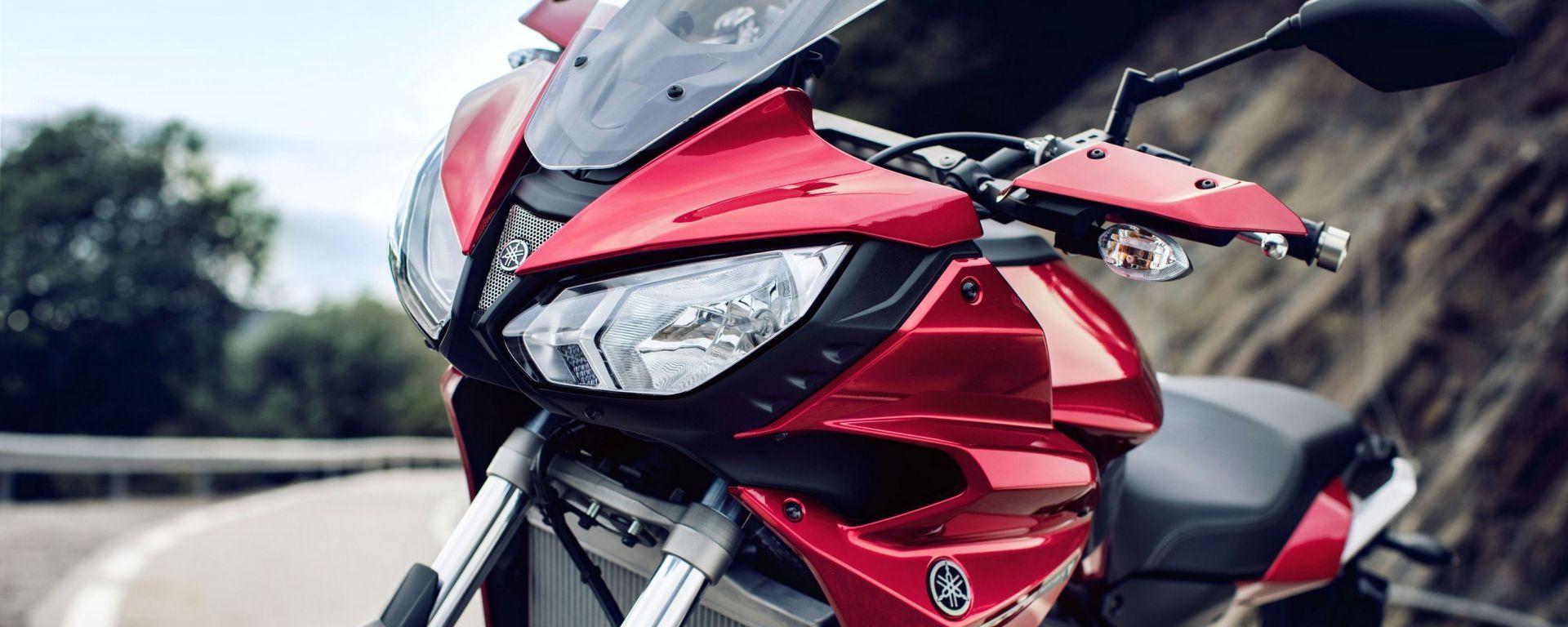 Yamaha Tracer 700: foto e video