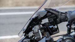 Yamaha Tracer 9 2021 il parebrezza si regola manualmente
