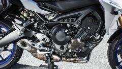 Yamaha Tracer 900 GT: dettaglio di motore e scarico