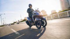 Yamaha Tricity 155: finalmente mette le ruote in autostrada - Immagine: 7