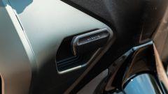 Yamaha Tricity 300, il freno di stazionamento
