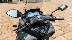 Yamaha Tricity 300, il manubrio