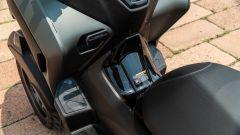 Yamaha Tricity 300, la pedana non è piatta