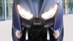Yamaha X-Max 400 2018: nuovo look, stesso prezzo - Immagine: 2