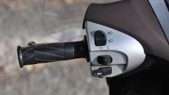Yamaha Xenter 150, blocchetto sinistro