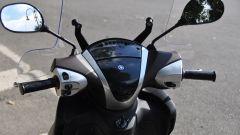 Yamaha Xenter 150, manubrio