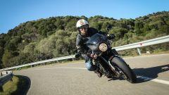 Yamaha XSR900 Abarth in prova sulle strade attorno a Chia, in Sardegna