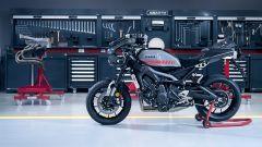 Yamaha XSR900 Abarth: vista laterale