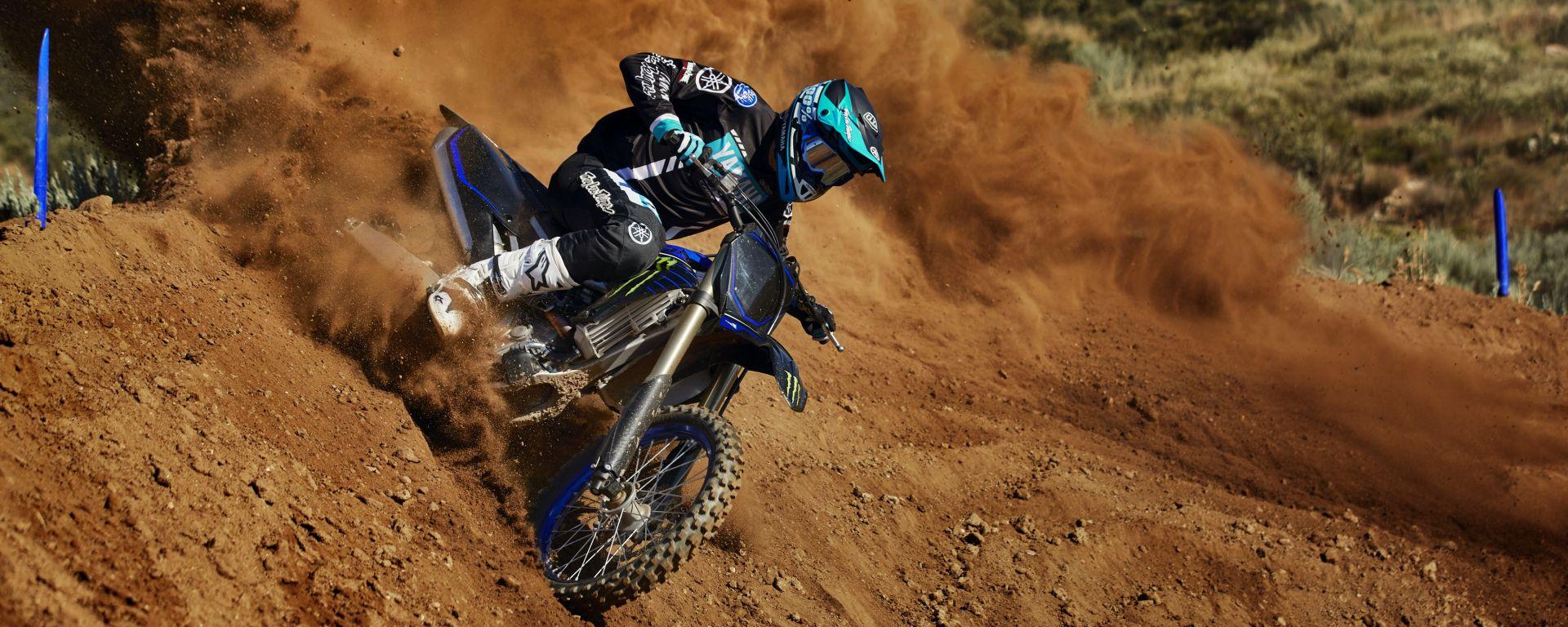 Yamaha, gamma cross 2021: nuova YZ250F e livree Monster Energy