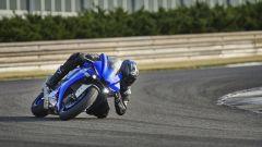 Yamaha YZF-R1 2020 in azione