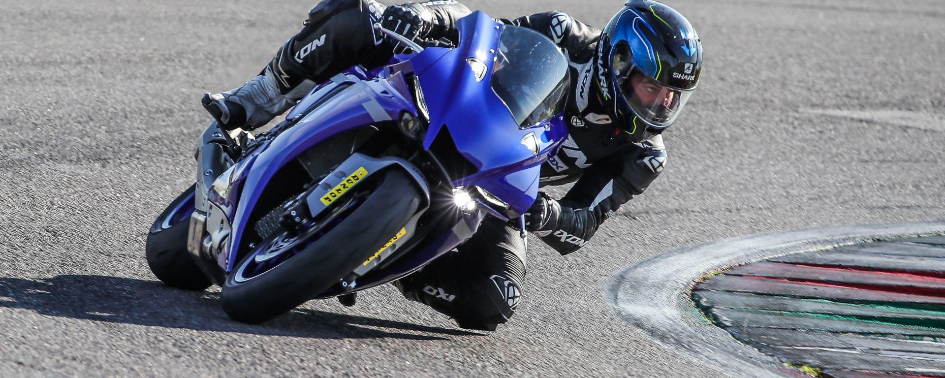 Yamaha YZF-R1 2020: la prova in pista