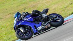 Yamaha YZF-R1 2020: le nuove carenature con inserti in titanio