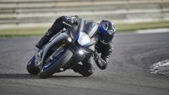 Yamaha YZF-R1M 2020 dinamica frontale