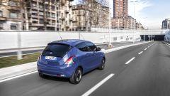 Lancia Ypsilon Unyca: nuova serie speciale per la Fashion City Car - Immagine: 10