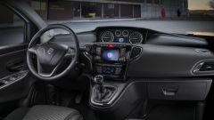 Lancia Ypsilon Unyca: nuova serie speciale per la Fashion City Car - Immagine: 20
