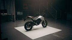 Zero Motorcycles presenta la motard elettrica FXE, anche in versione 11 kW - Immagine: 16