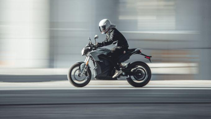 Zero Motorcycles: la S 2021