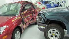 ZF TRW: airbag pre-crash esterno  - Immagine: 2