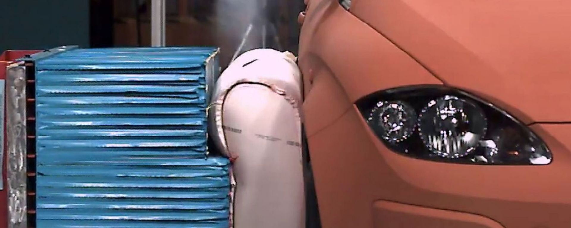 ZF TRW: airbag pre-crash esterno