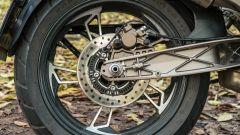 Zontes 310T: dettaglio del forcellone in alluminio